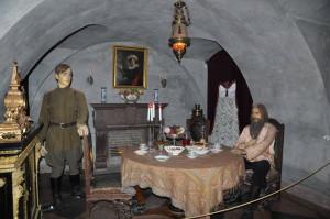 Юсуповский дворец Восковые фигуры Юсупов и Распутин