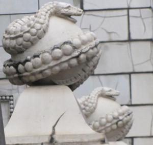 Змеи особняка Бранта