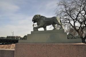 Лев Адмиралтейская набережная фото Людмилы Калясиной