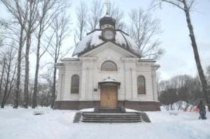 Храм в Парке Победы