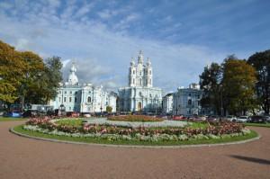 Смольный собор. Фото Елены Флеровой. сент. 2011 уменьш.