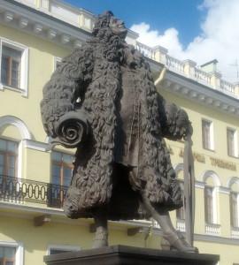 Памятник Трезини Фото Евгении Калясиной март 2014 IMG_20140330_161345