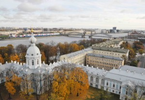Вид со Звонницы Смольного собора фото Людмилы Калясиной4 собора 726