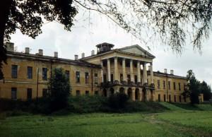 Ропшинский дворец 1