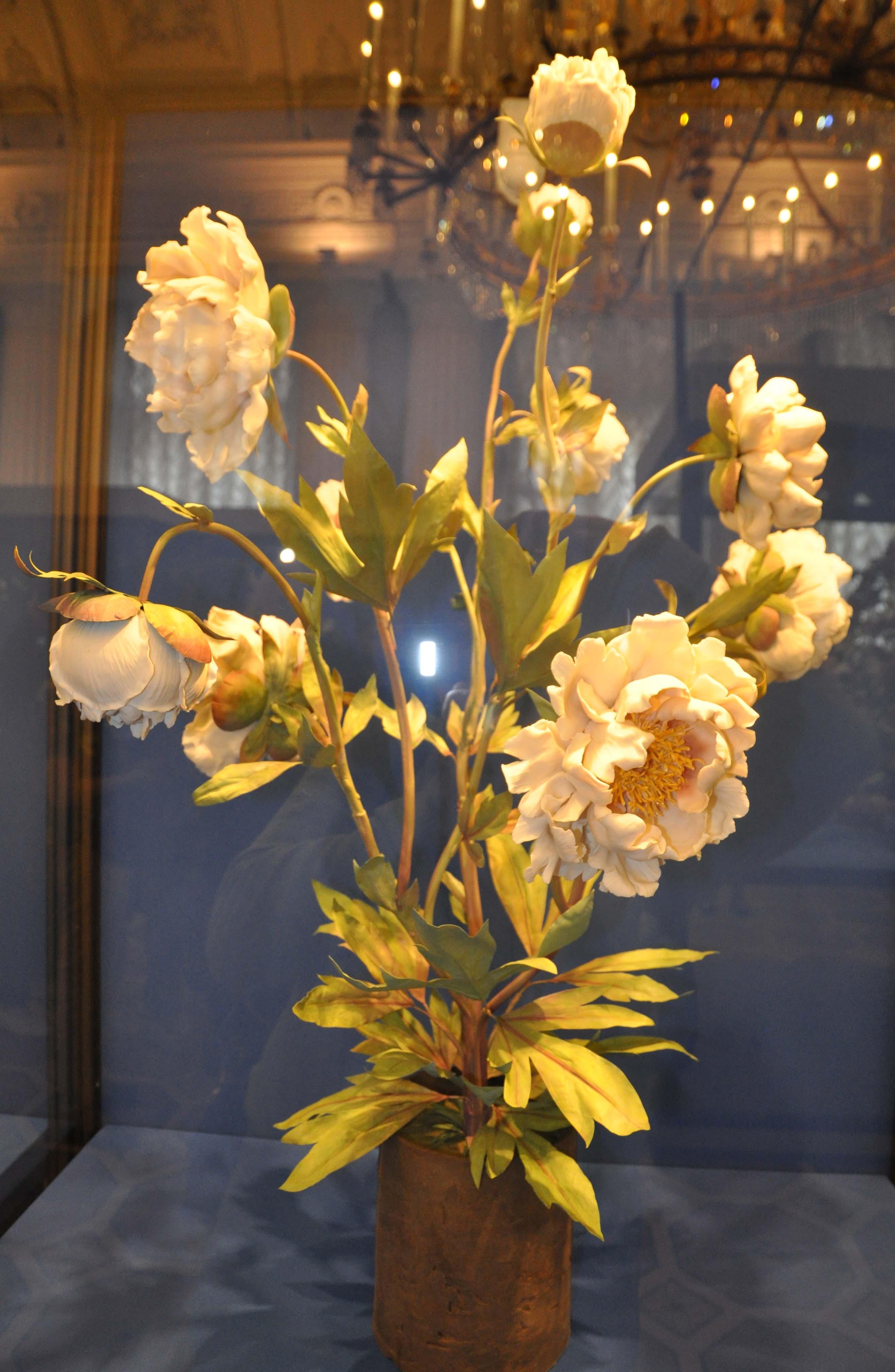 Фарфоровые цветы выставка в эрмитаже фото